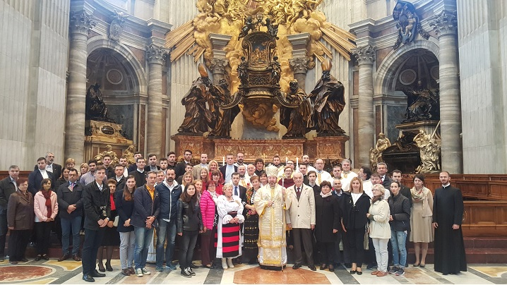 FOTO: Sfânta Liturghie celebrată de PS Claudiu în Bazilica Sfântul Petru din Roma