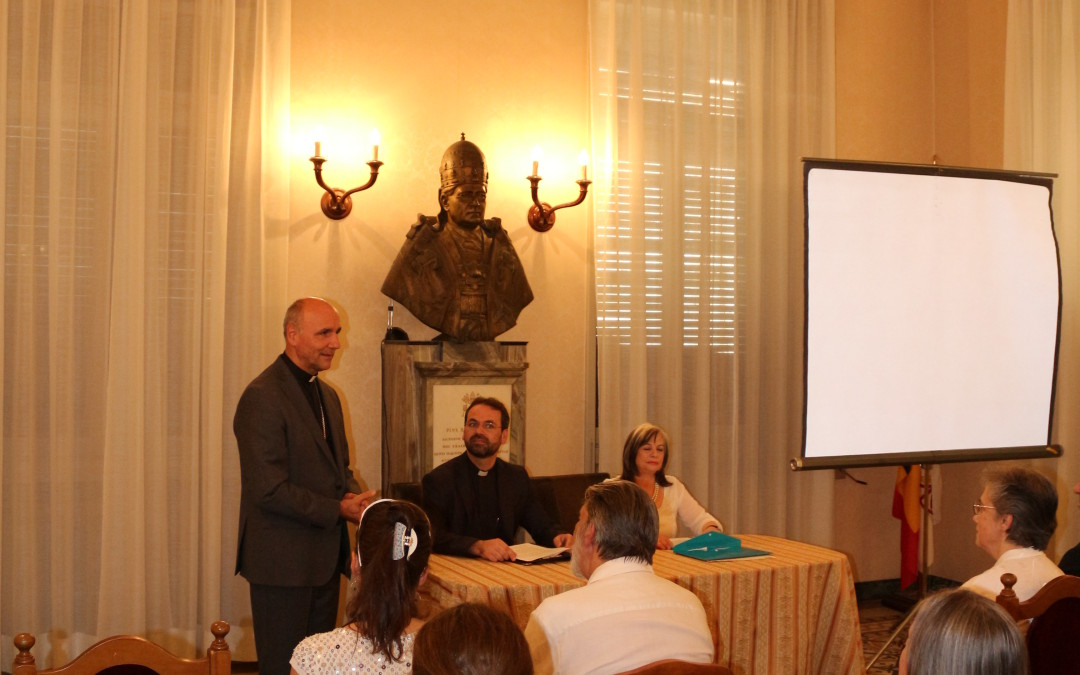 """Conferința """"Sensul și istoria icoanei. O artă, o carte, un apel"""" la Colegiul Pontifical Pio Romeno din Roma"""